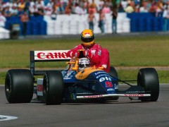 Nigel-mansell-gives-ayrton-senna-a-ride.jpg