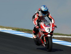 checa phillip island.jpg